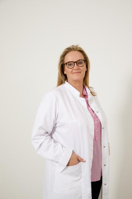 Dr. C. De Jaegher